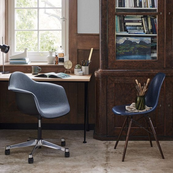 Bureaustoel Vitra Eames.Vitra Eames Plastic Chair Pacc Bureaustoel Misterdesign