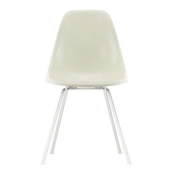 Vitra Eames Fiberglass Chair DSX Wit