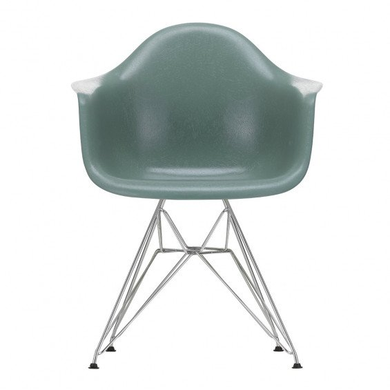Vitra Eames Fiberglass Chair DAR Chroom