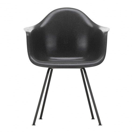 Vitra Eames Fiberglass Chair DAX Zwart