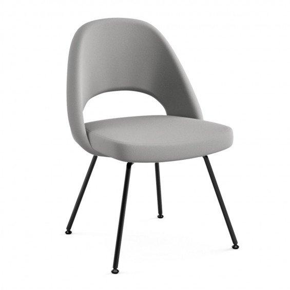 Knoll Studio Saarinen Conference Chair