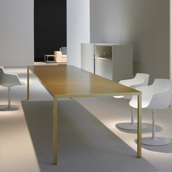Mdf italia tense brass eettafel misterdesign for Mdfitalia it