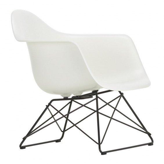 Vitra Eames Plastic Chair LAR