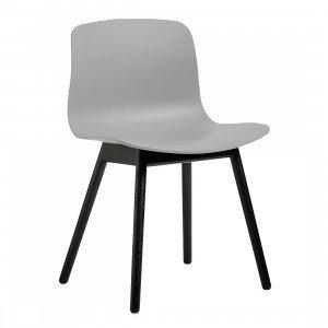 About A Chair AAC 12 Stoel Zwart Gebeitst