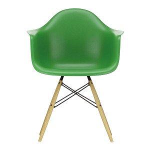 Vitra Eames Plastic Chair DAW Esdoorn Gelig