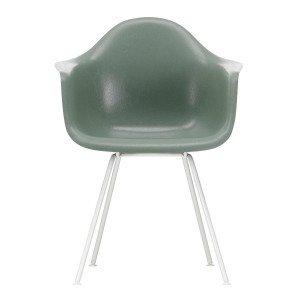 Vitra Eames Fiberglass Chair DAX Wit
