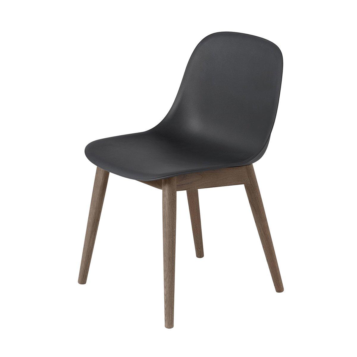 Muuto Fiber Side Chair Stoel, houten poten - Donkerbruin/Zwart