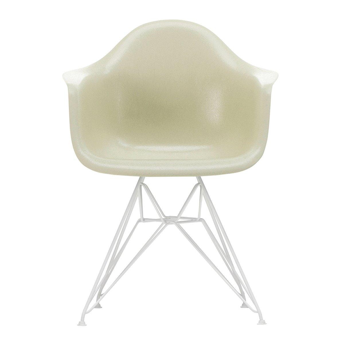 Vitra Eames Fiberglass Chair DAR Wit - Parchment