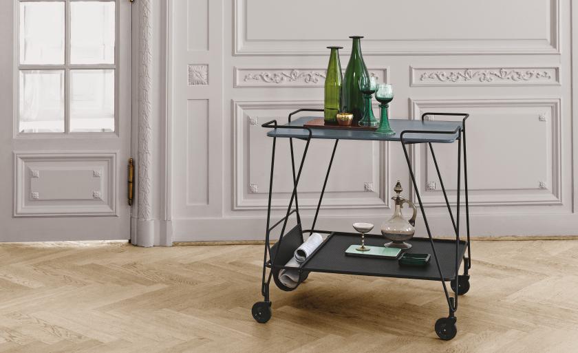Design Woonkamer Accessoires : Terug van weggeweest trolleys ideaal als design bijzettafel voor