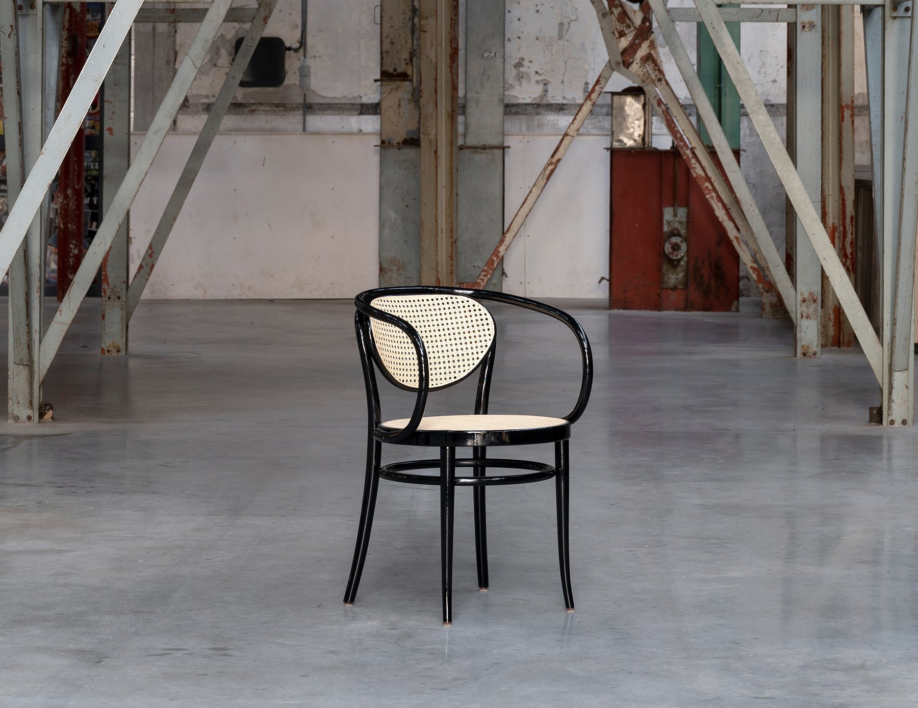 MisterDesign Thonet 210R Chair Limited Edition