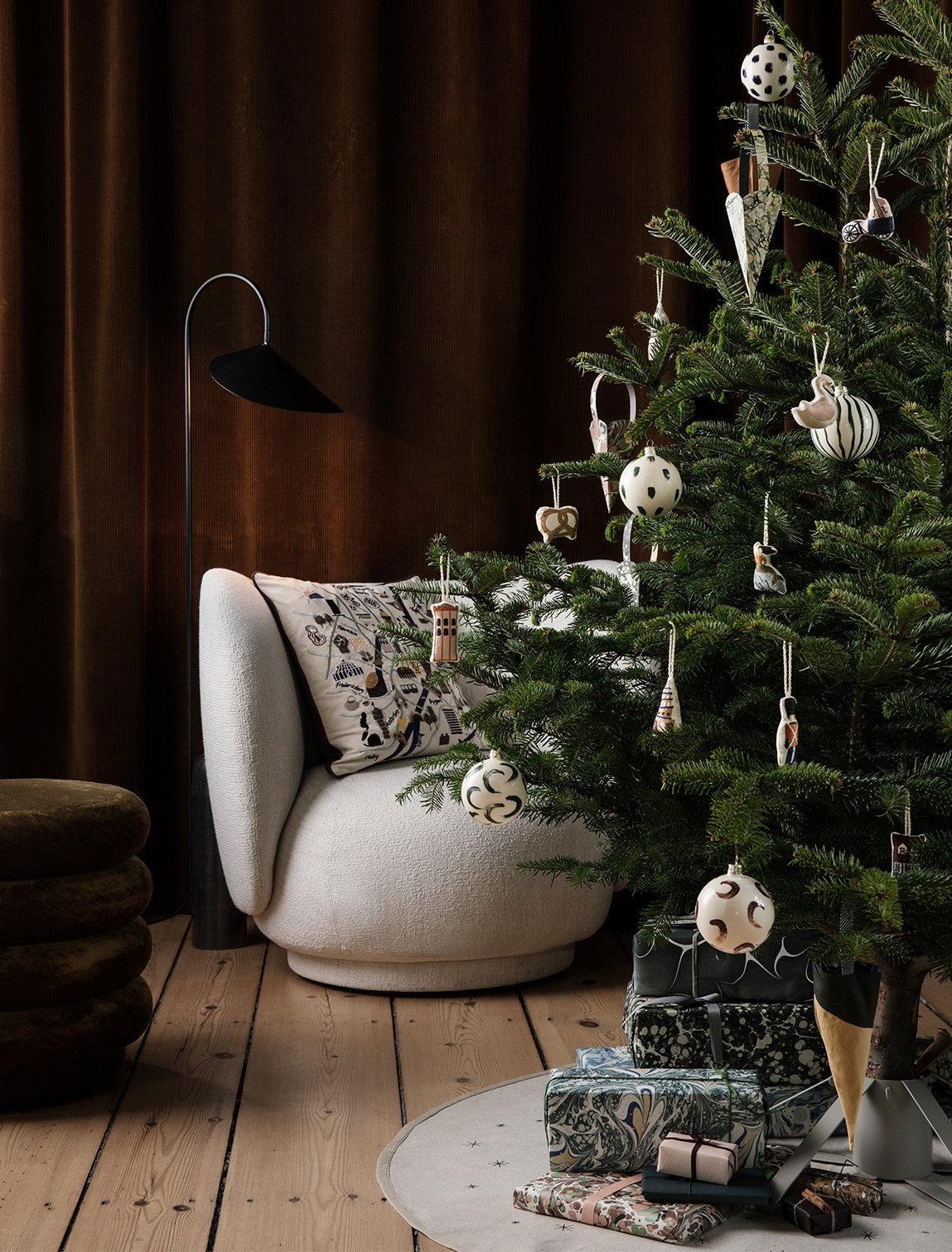 A Christmas Home: Decoration